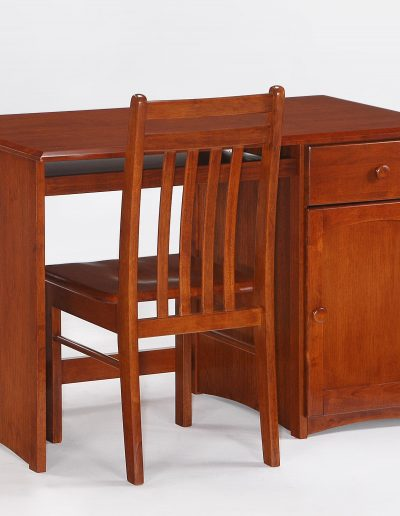 Clove Student Desk & Chair Cherry