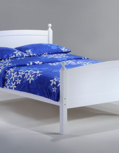 Licorice Bed Full White