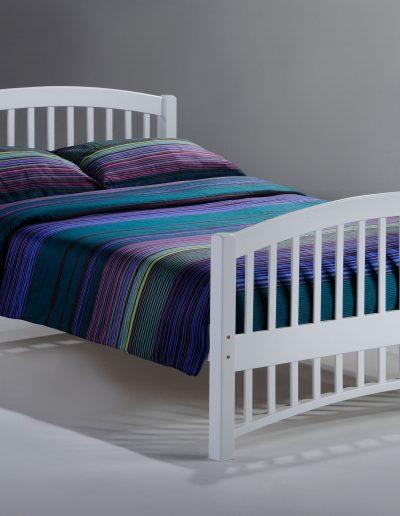 Molasses Bed Full White
