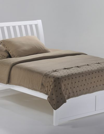 Nutmeg Bed Full White (2)