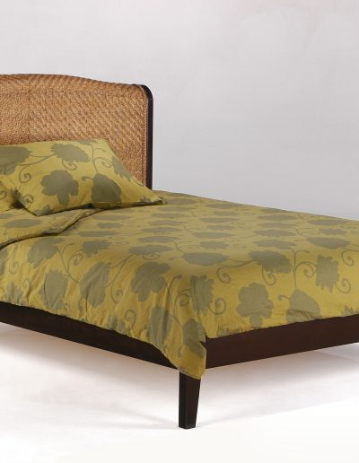 Rosebud Bed Full Honey Glaze w Basic Footboard